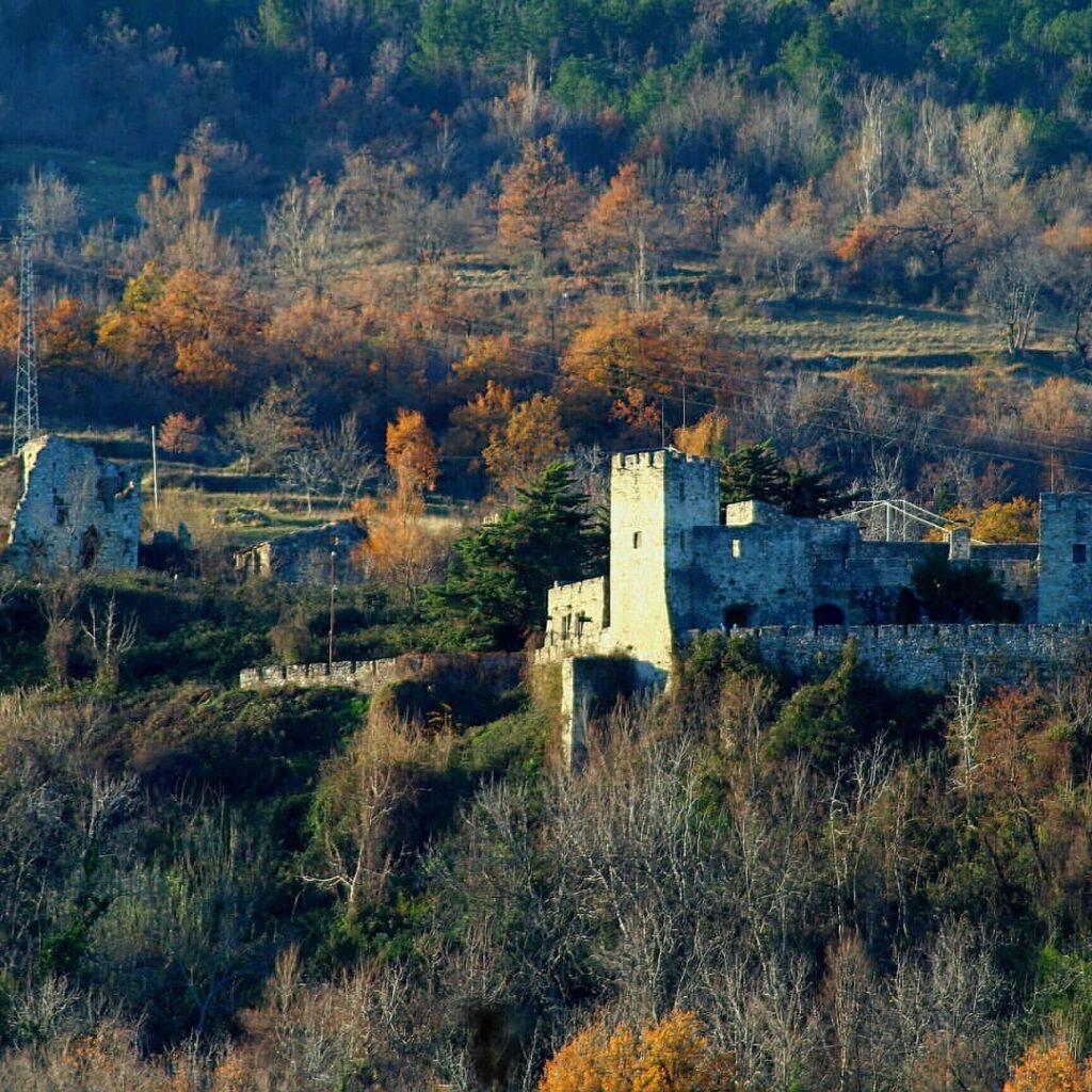 Castello di Salle (PE) - Speciale Castelli d'Abruzzo